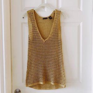 MODA Crocket top! Closet essential!